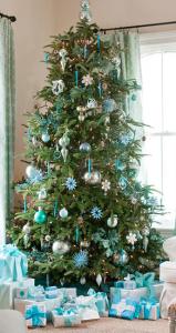 Weihnachtsbaum eisblau