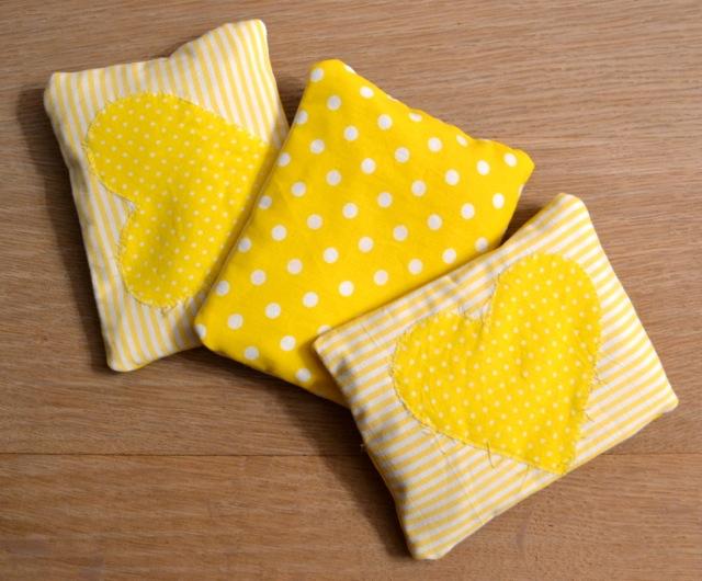Gut gemocht Dinkel-Wärmekissen für Babys und die Farbe Gelb | fengshuiglück.ch KW54